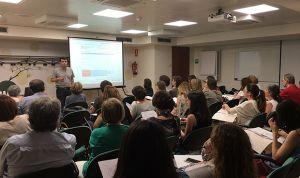 Farmacéuticos catalanes se forman en la red de farmacias centinelas