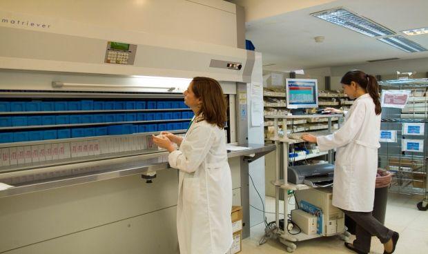 Farmacia del Virgen del Rocío atiende a 63.000 pacientes no ingresados