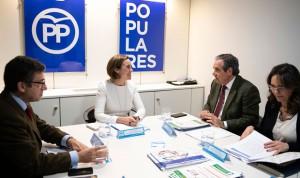 Farmacia inicia una ronda de contactos políticos previa a las elecciones