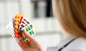 Farmaindustria da 10 razones para fomentar la prescripción por marca