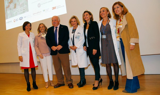Fenin, médicos y Salud se unen para potenciar la seguridad en sanidad