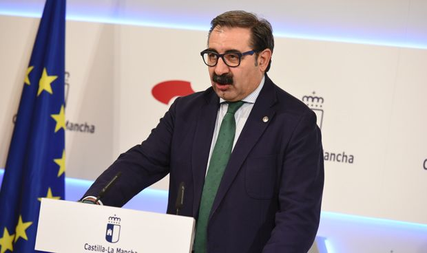 Fernández espera que las obras del hospital de Albacete arranquen en 2018