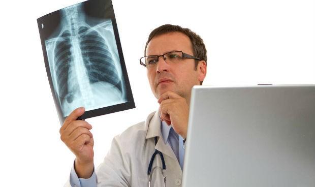 Frente a estas 5 enfermedades, el diagnóstico médico 'pincha' más veces