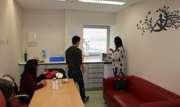 Fuenlabrada habilita una sala para los padres de niños ingresados