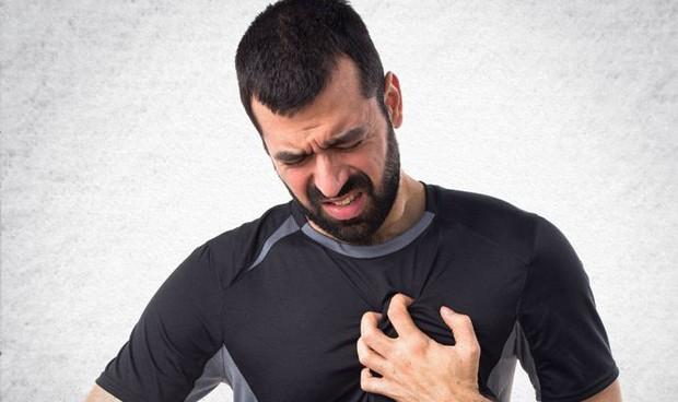 Fumador menor de 50 años: ocho veces más riesgo de infarto que sin tabaco