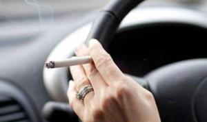 Un 40% de los fumadores han sufrido un accidente de tráfico
