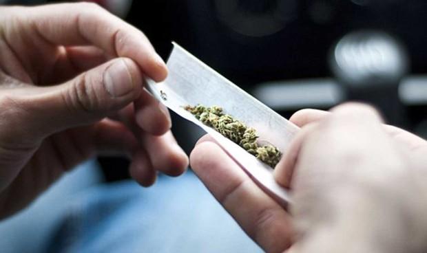 Fumar un solo porro afecta a la estructura del cerebro del adolescente