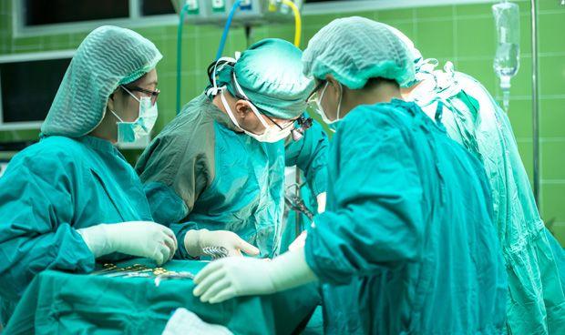 Galicia exporta su cirug�a oncol�gica para el c�ncer de pulm�n