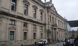 Galicia reduce su nota de corte para el acceso al grado de Medicina
