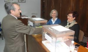 García de la Torre sigue al frente de los médicos jiennenses