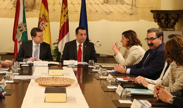 García-Page abre su Consejo de Gobierno a los niños con TDAH
