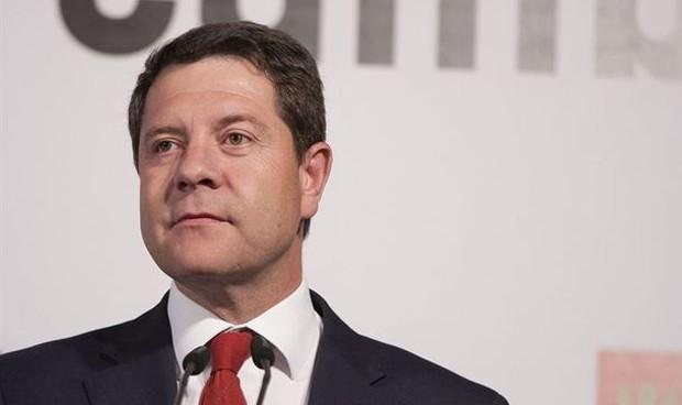 García-Page trabaja en un nuevo convenio sanitario provisional con Madrid