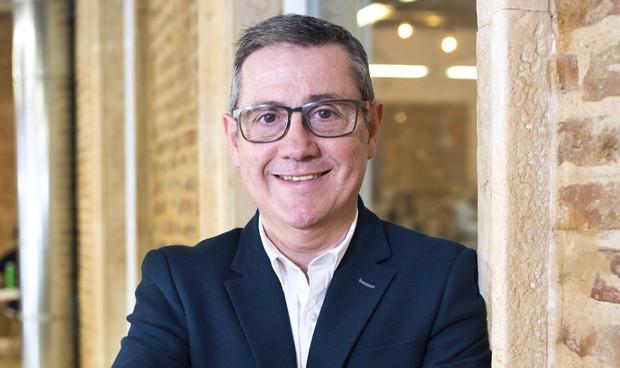 Juan Carlos Valenzuela propone una comisión de bioética para la SEFH