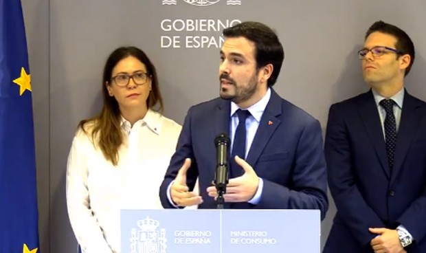Garzón pone coto al juego online con 100 medidas contra la ludopatía