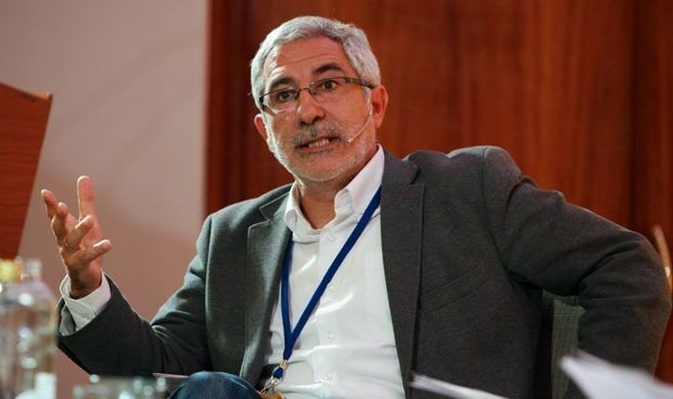 Gaspar Llamazares aporta otra perspectiva de la pandemia de Covid-19