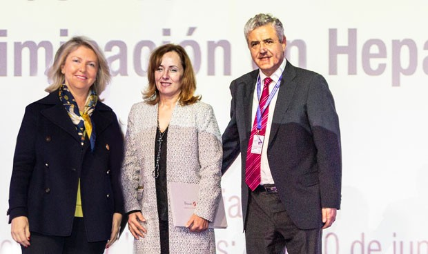 Gilead impulsa la investigación en Hepatitis C con 150.000 euros en becas