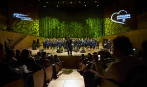Gran éxito del concierto 'Notes solidàries per Badalona', de Menarini