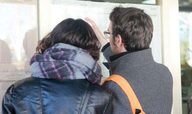 Granada lidera la nota de corte para acceder a Medicina en Andalucía