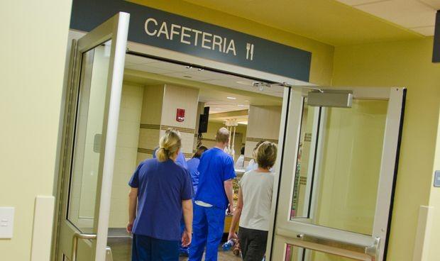 Guardias MIR: la comida del hospital es lo peor, solo le gusta al 2%