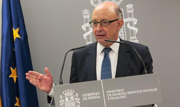 Hacienda aprueba abonar la 'extra' pendiente de los sanitarios catalanes