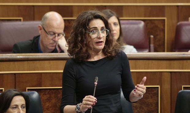 Hacienda 'bonificará' la llegada de mujeres a cargos directivos en sanidad