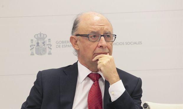 Hacienda interviene para aumentar plazas en la OPE nacional en sanidad