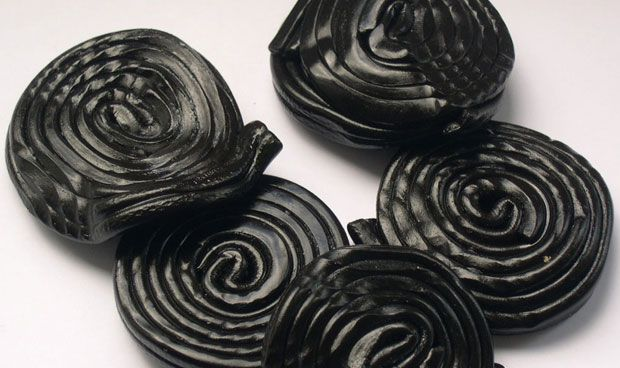 Halloween: Estados Unidos avisa de que el regaliz negro provoca arritmias