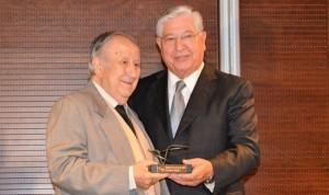 HLA La Vega, miembro de honor de la Asociación Española Contra el Cáncer
