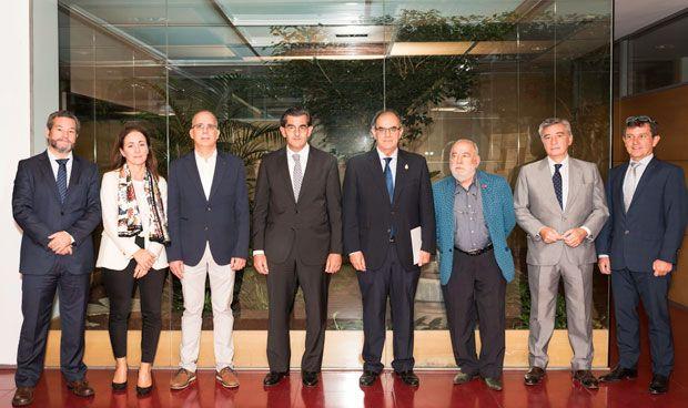 HM Hospitales atenderá gratis a los médicos jubilados de Pontevedra