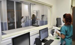 El Hospital Doctor Negrín incorpora equipos de radiología digital