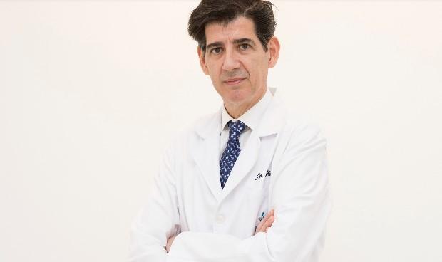 Hospital Vithas La Milagrosa incorpora a Piñal, especialista de la mano