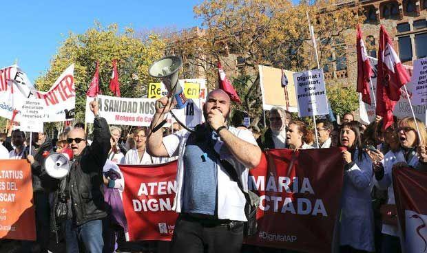 Huelga médica en Cataluña: el ICS no cede a 28 pacientes al día