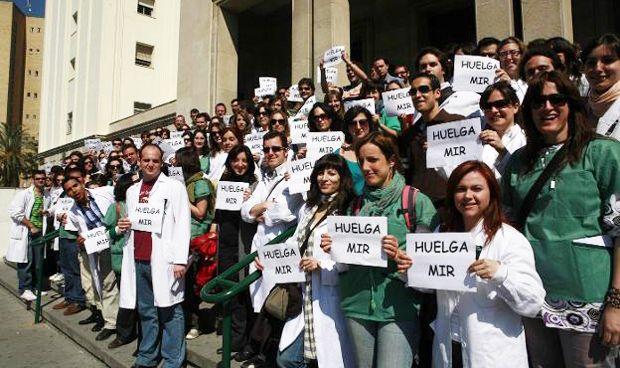 """Huelga MIR: """"Queremos que nuestra voz se escuche en toda España"""""""