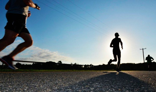 Identifican la hormona que nos hace quemar calorías cuando hacemos deporte
