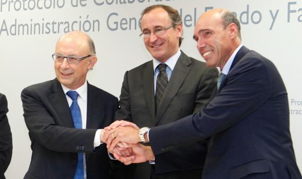 Inicio testimonial de la Comisión del pacto Gobierno-Farmaindustria