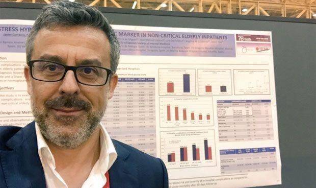 Interna presenta un protocolo para la hiperglucemia en pacientes Covid-19