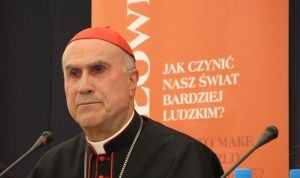 Investigan el pago del ático del cardenal Bertone con fondos de un hospital