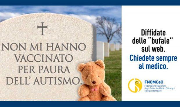 Italia usa lápidas para concienciar sobre el peligro de los antivacunas