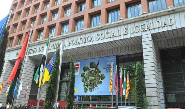 Italianos y cubanos, los títulos sanitarios más reconocidos por Sanidad