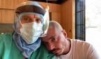 J Balvin da las gracias a sus médicos tras pasar el Covid... sin mascarilla