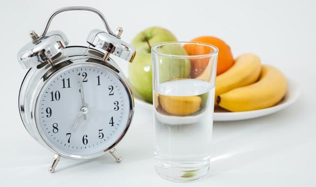 JAMA: el ayuno intermitente no es más eficaz que la dieta para perder peso