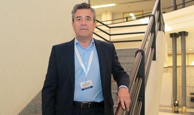 Javier Crespo continuará al frente de Aparato Digestivo en Valdecilla