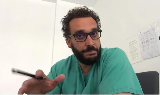 """Médicos critican su recomendación en Twitter para """"no saturar los hospitales"""""""
