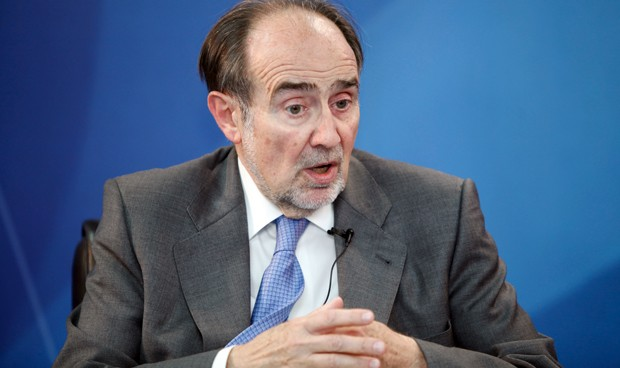 Joaquín Poch repite como presidente de la Academia de Medicina