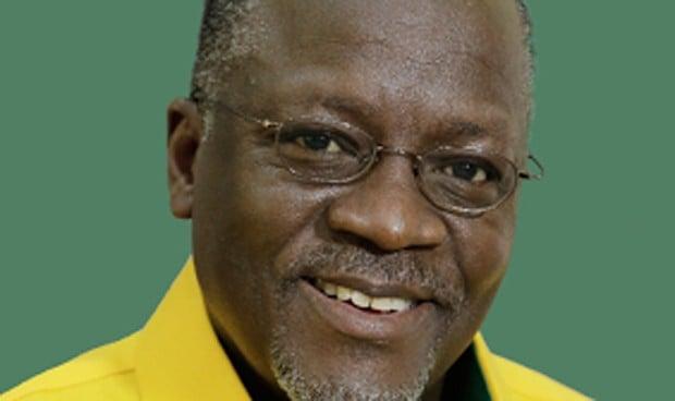 La OMS y la Unión Africana le piden que rectifique sus palabras antivacunas