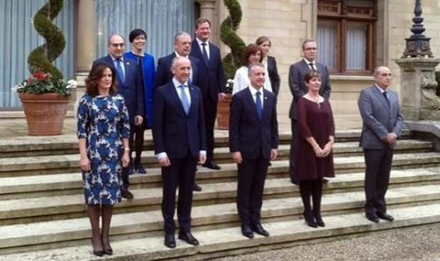 Jon Darpón promete normalizar la atención sanitaria en euskera