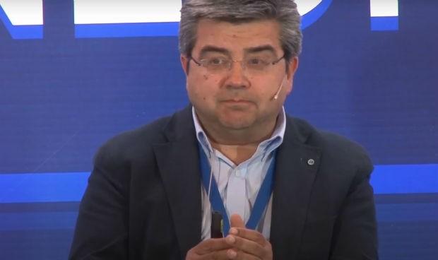 José Manuel Cifrián revalida su cargo como jefe de Neumología en Valdecilla