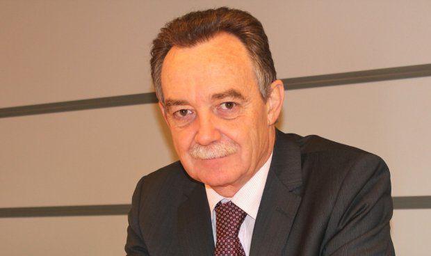 José María Borrel, reelegido como presidente de los médicos de Huesca