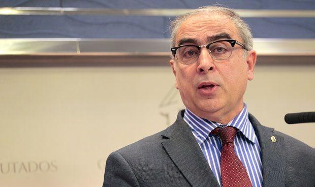 José Martínez Olmos no revalida su cargo como portavoz sanitario del PSOE