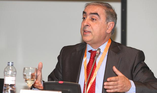 José Martínez Olmos, portavoz de Sanidad del PSOE en el Senado